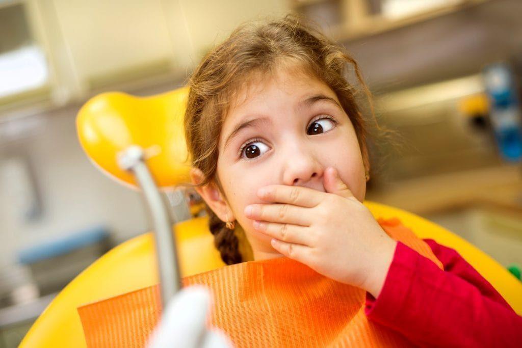 ملاقات کودک با دندانپزشک
