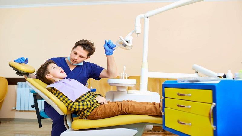 سلامت دندان کودکان مبتلا به اوتیسم