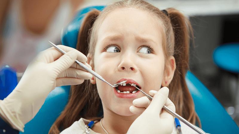 دندانپزشک کودکان اصفهان | چرا کودکان از دندان پزشکی می ترسند؟