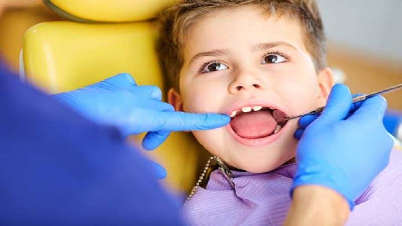 ایمپلنت دندان در کودکان زیر 15 سال و در حال رشد توصیه می شود؟   دندانپزشک کودکان اصفهان
