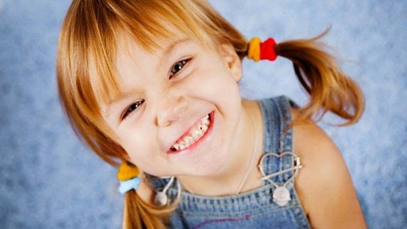 درمان طبیعی سفید کردن دندان کودکان | دندانپزشک کودکان اصفهان